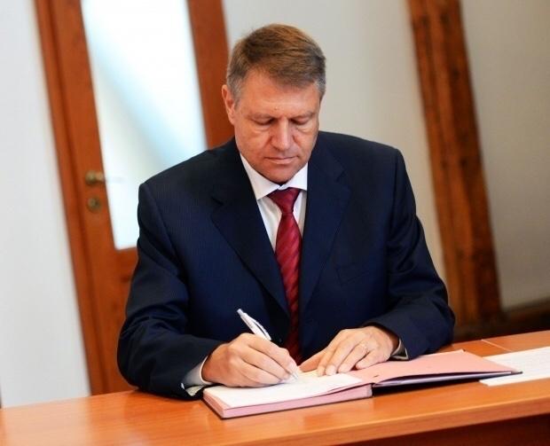 🔴‼️Vestea anului: Azi Iohannis a promulgat legea referendumului. In 30 zile va fi referendum